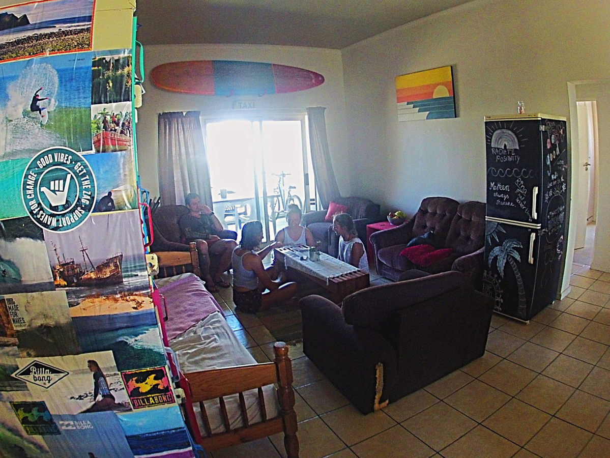 surf education volunteer accommodation